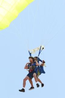 tar parachute